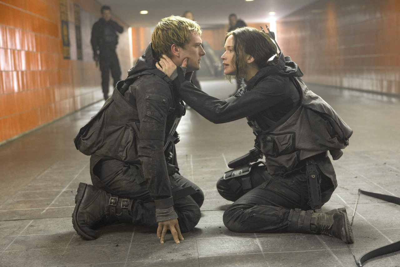 hunger games mockingly review