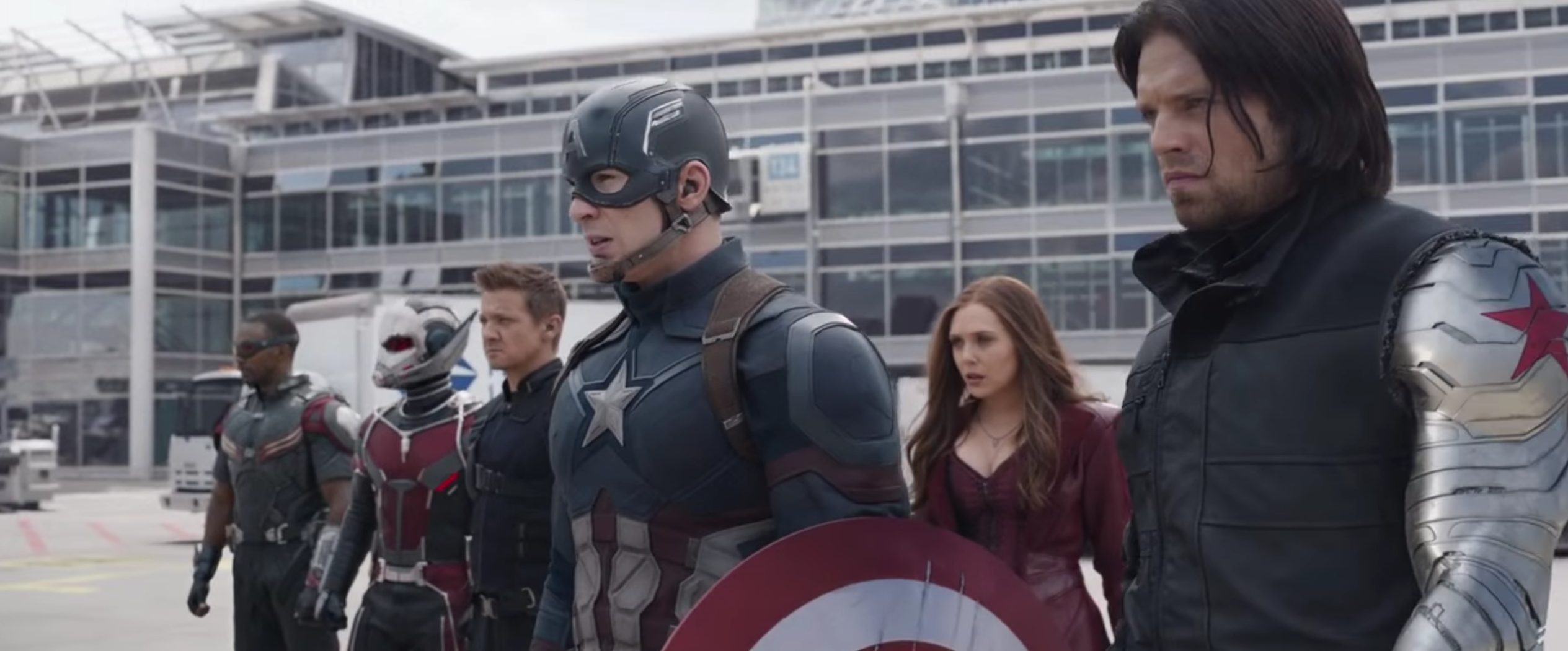 Review: 'Captain America: Civil War' Is a New Kind of Marvel Movie