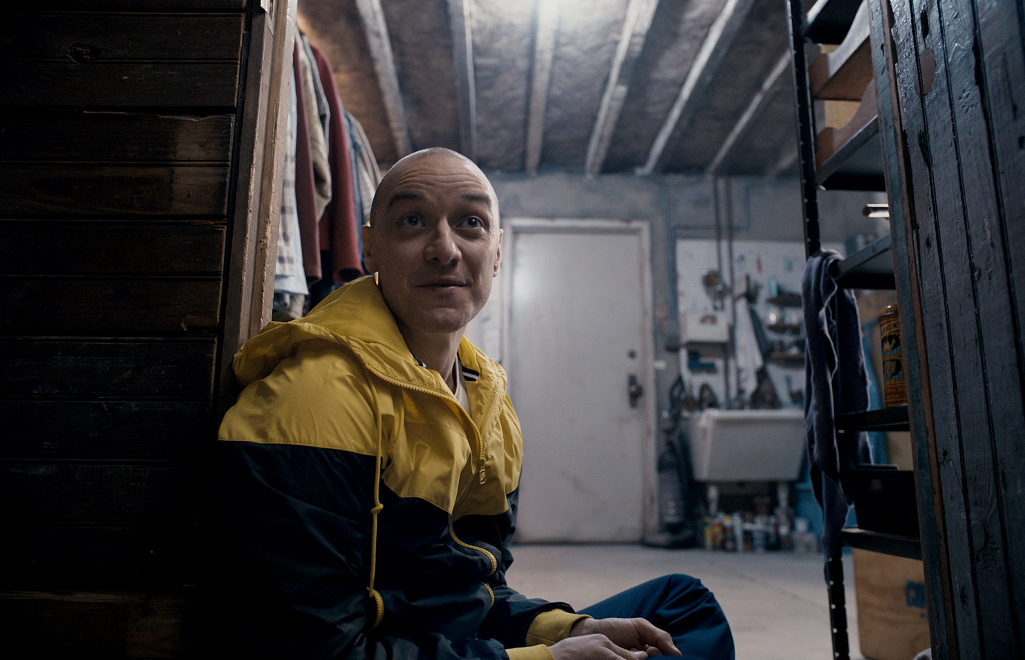 'Split' Is Weirdly Slow And Infuriating Schlock, Even For Shyamalan