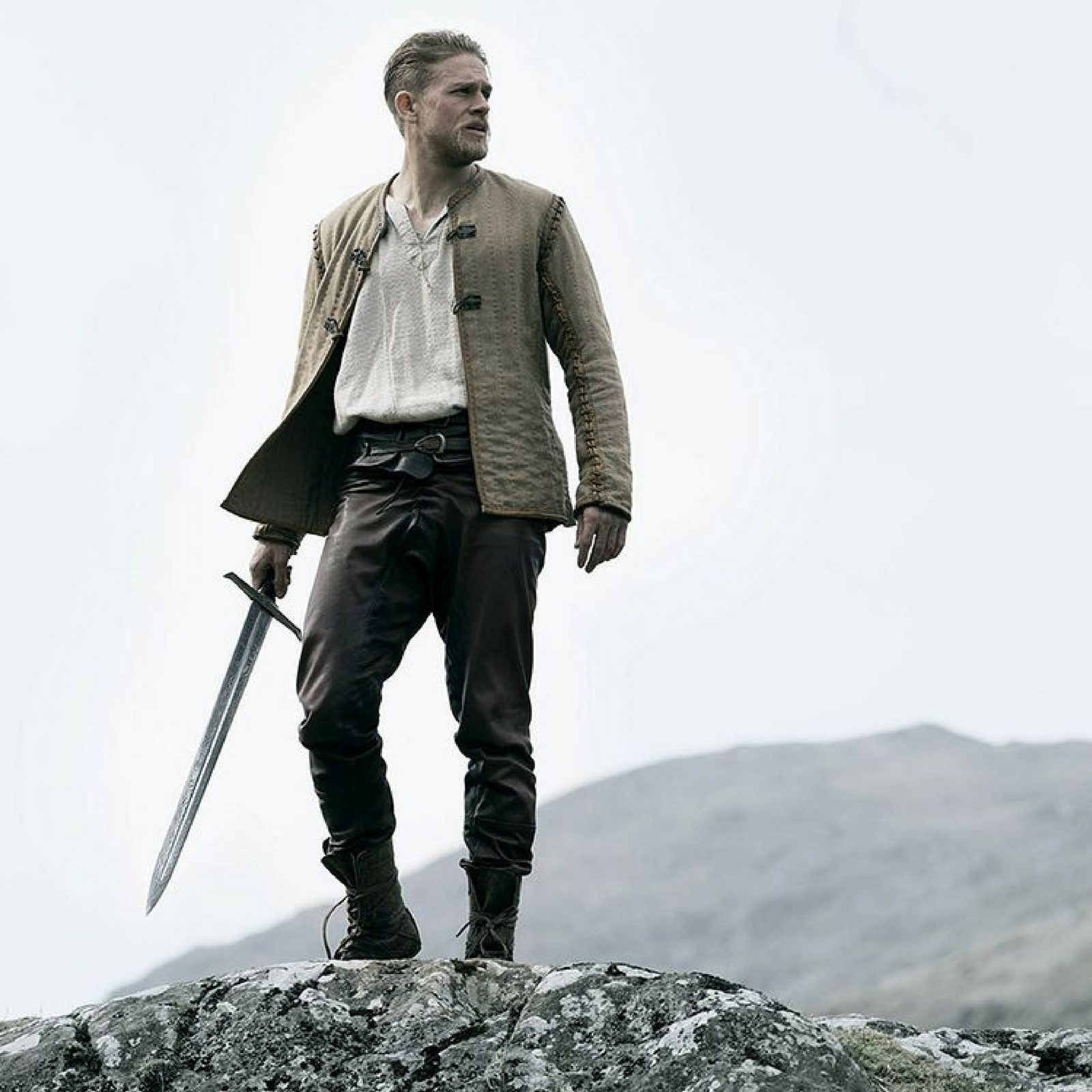 Review: 'King Arthur: Legend of the Sword' Has The Makings Of A Decent Director's Cut